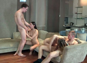 Foursome swinger lady-love pack raison..