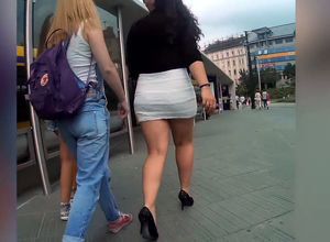 Super-cute street upskirt vid from..