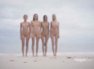 4 young womans naturist love being..